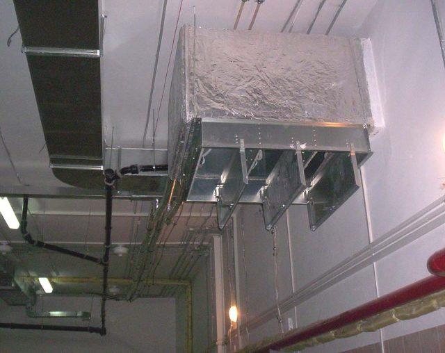 Раздача и забор воздуха в помещениях