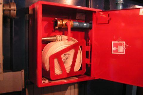 Противопожарный водопровод в шкафу