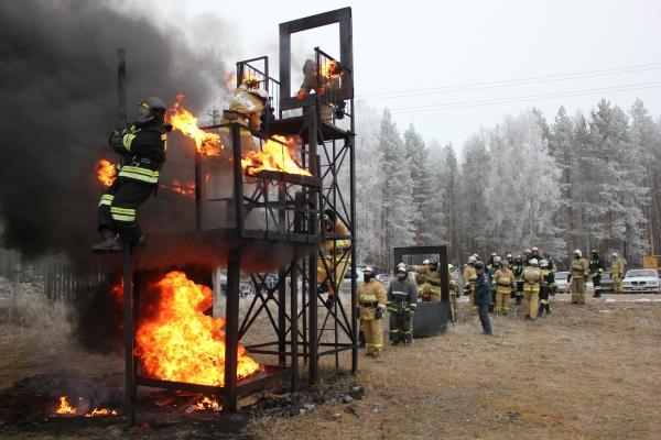 Строевая подготовка пожарных