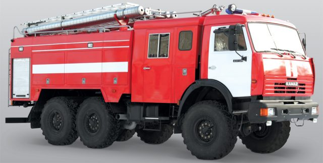 Автоцистерна на базе пожарного КамАЗа