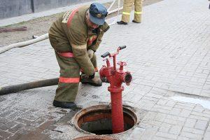 Как пользоваться пожарным гидрантом