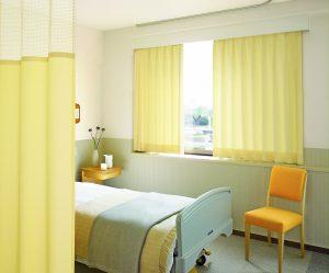 шторы в больнице